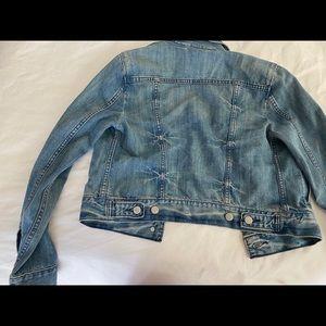 Levi's Jackets & Coats - Levi's Jean jacket size small